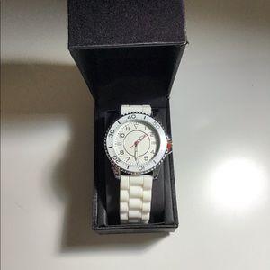 NICE White Watch NWT✨